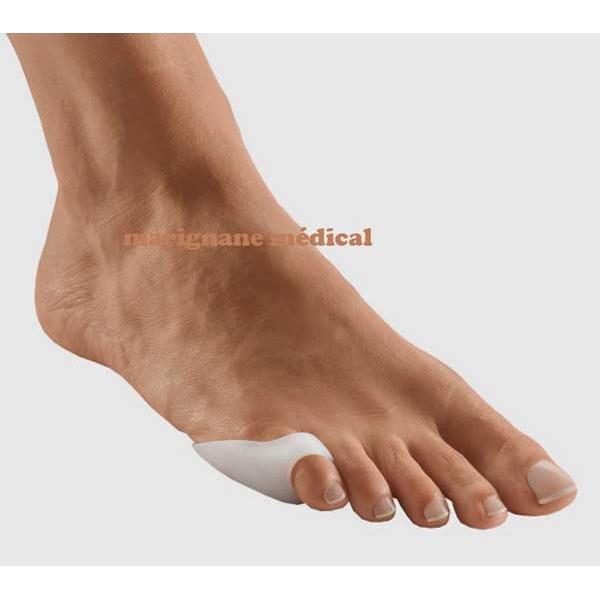 mal au petit doigt de pied chaussure
